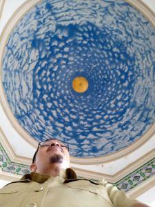 Kubah Masjid Raya Baitul Makmur Sekayu tampak dari dalam