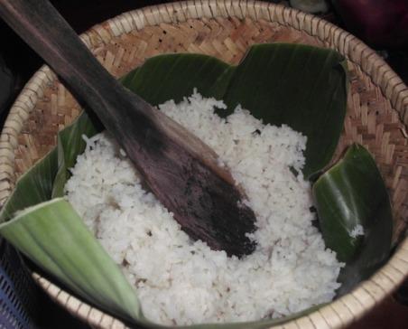 nasi, wakul, dan entong