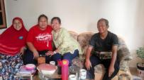 Silaturahmi Ririn (Aus) dan Pak Karno ke Batam