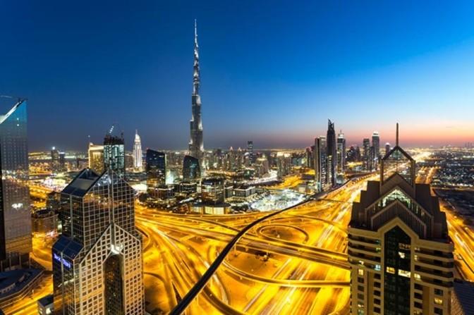 Pilih Dubai atau Jakarta