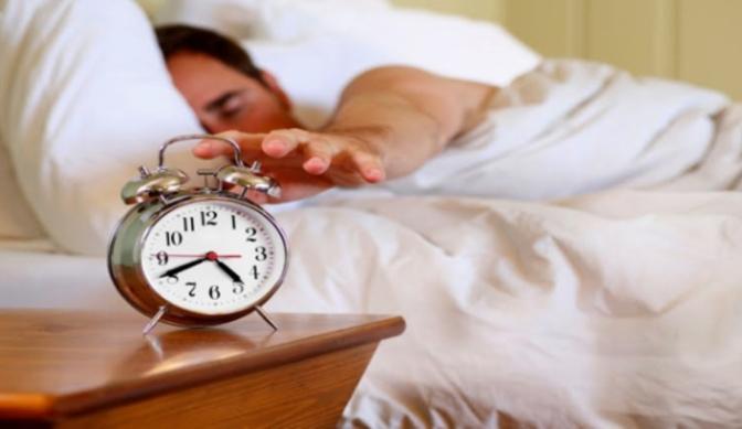 Hilangkan Kebiasaan Tidur Setelah Subuh atau Sahur, Apakah Berbahaya?