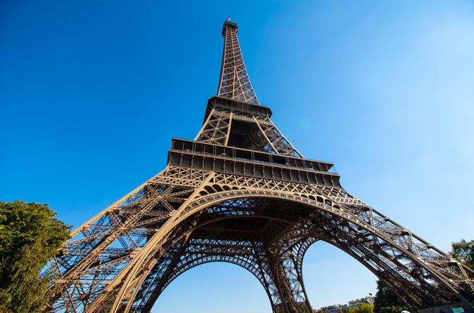 skip-the-line-eiffel-tower-tour-and-summit-access-in-paris-296015