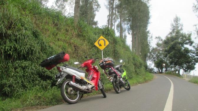 Plat Nomor (TNKB) Kendaraan Bermotor di Indonesia