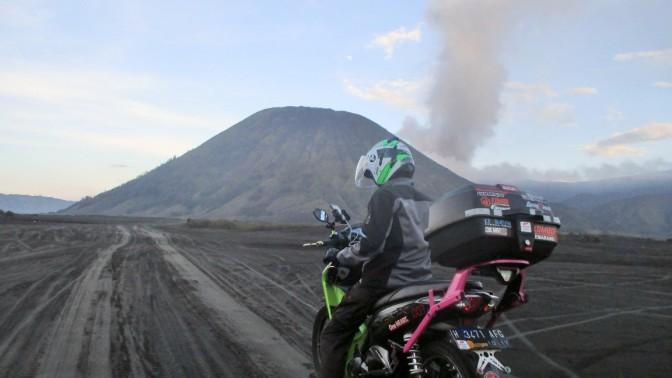 Bermotor Tour Jawa Timur, Gunung Bromo dan Suromadu