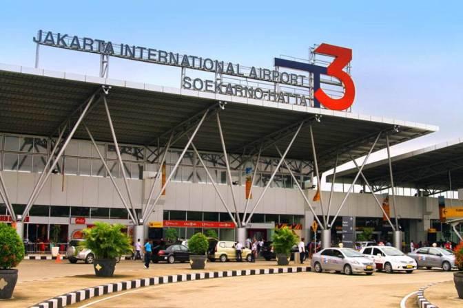 Penerbangan dan Fasilitas Bandar Udara Jakarta, Indonesia