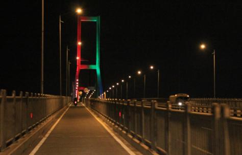 Tol Jembatan Suramadu2