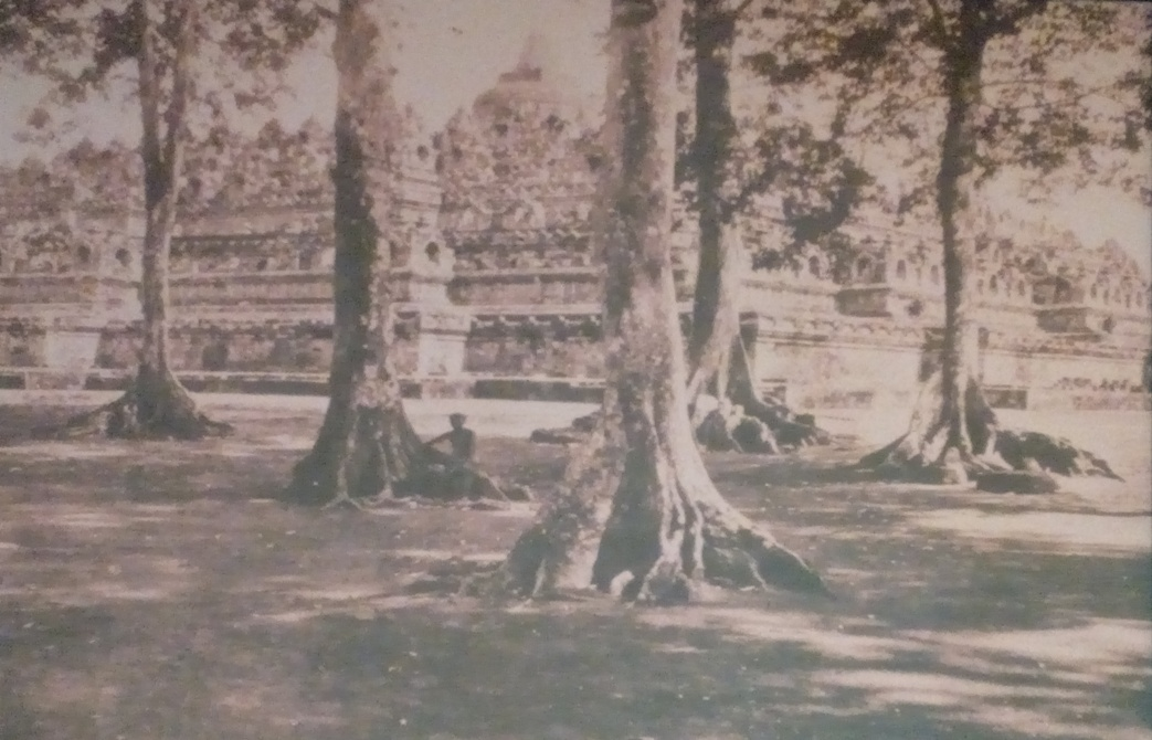 Candi-Borobudur-tempoe-doeloe-Atria-IMG_20180215_173534