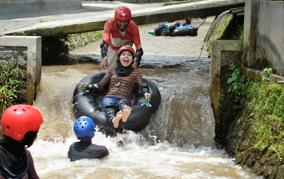 mbelan-river-tubing