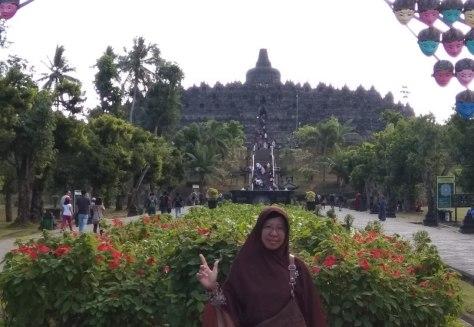 a_Borobudur_IMG_20180715_153945