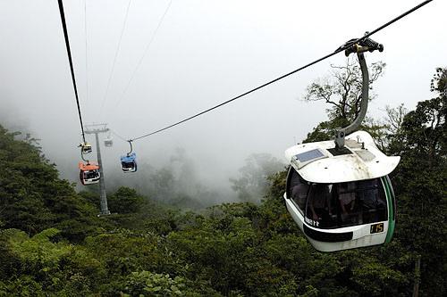 gondola-genting-highlands-98354130_3f552ad75e