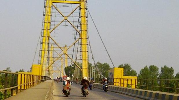 jembatan-barito_20150906_130521