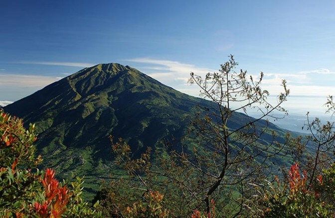 Kenangan Mendaki Puncak Gunung Merbabu via Kopeng – Salatiga