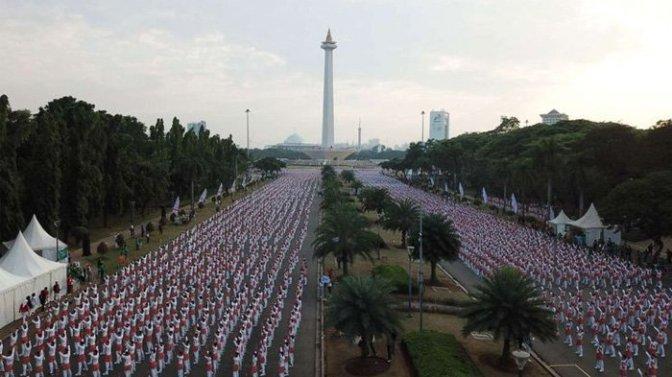 Sambut Asean Games 2018 dengan Tarian Poco-Poco Masal, Presiden Jokowi Ikuti Senam