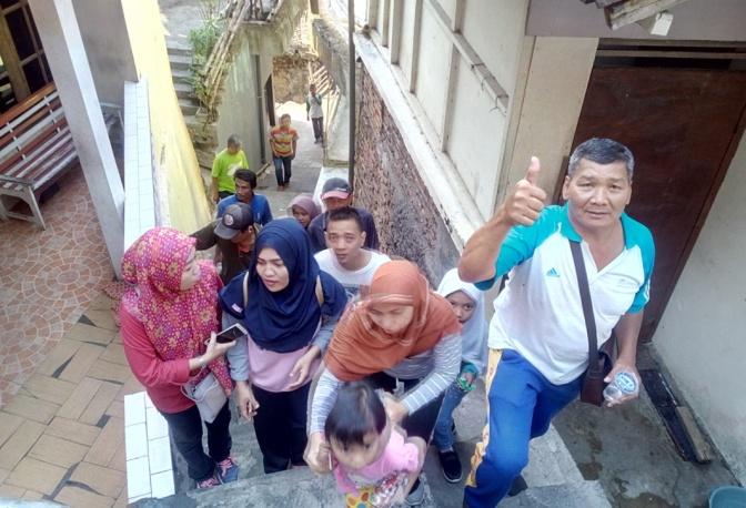 Jalan Sehat Semarakkan Tahun Baru Hijriyah 1440 di RW 09 Tegalsari Semarang