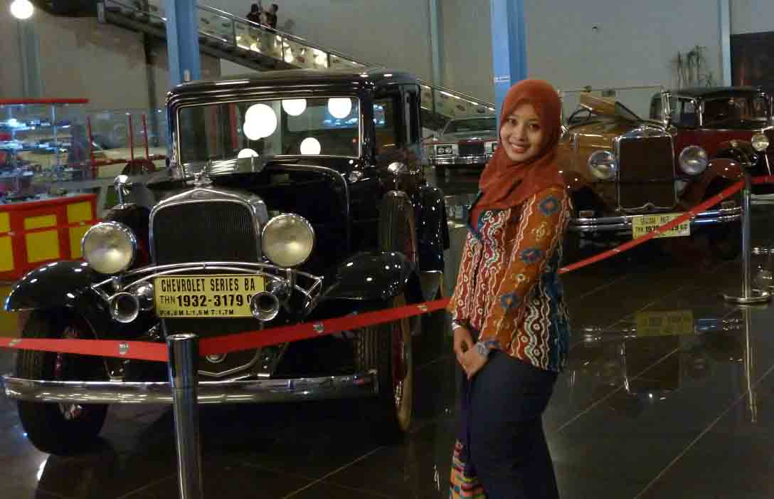 a_Chevrolet_museum_angkut_malang_L115c