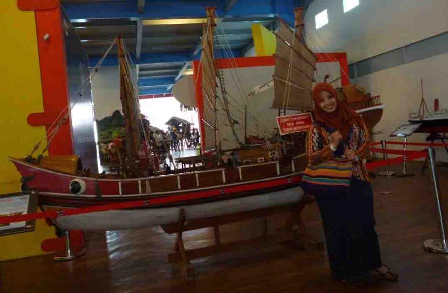 a_kapal_lt2_museum_angkut_malang_L147