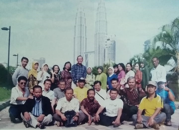 Malaysia_Twin_Tower_20091023_Bag_Pendidikan_BAAK_UNNES