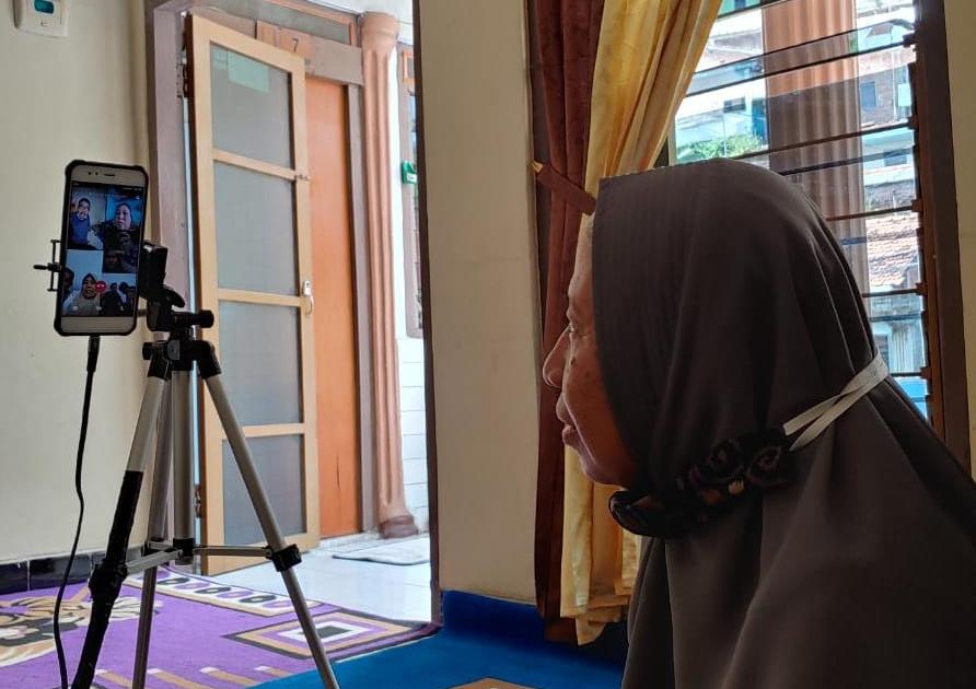 Saat Idul Fitri, Panggilan Video Video Call melalui Medsos WhatsApp Tetap Dilakukan dalam Situasi Apapun
