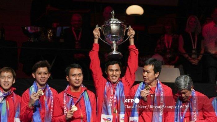 Bangga, Indonesia Memboyong Piala Bulu Tangkis Pria Thomas Cup 2020